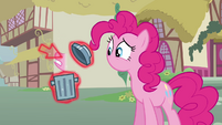 Cursor putting Pinkie's mouth into a trash bin S3E05