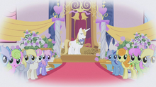 Derpy sees Rarity S1E03.png