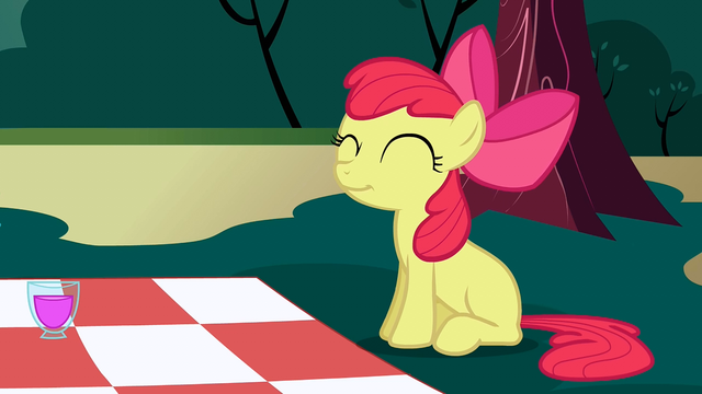 File:Apple Bloom cute pose S2E17.png