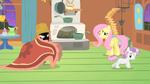 Sweetie Belle running from 3 foot pony monster S1E17