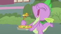 Spike eating the quiche S1E24.png