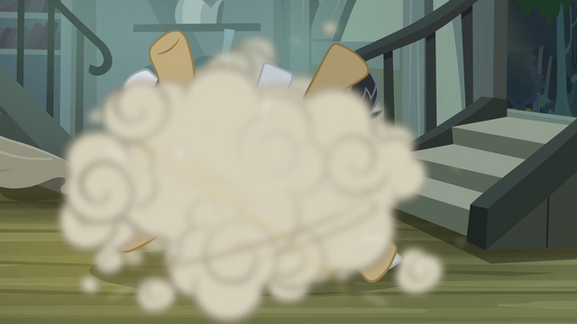 File:Daring Do fighting the thugs S4E04.png