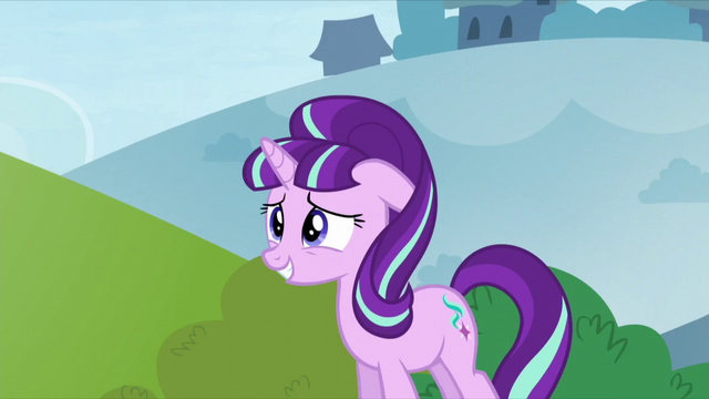 File:Starlight smiling with ear down S5E26.png