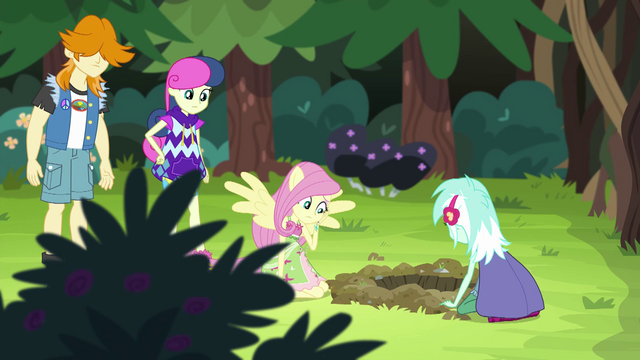 File:Fluttershy waiting for the gophers EG4.png