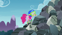 Pinkie Pie trying to get unstuck S4E18
