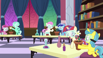 School fillies doing chemistry in pairs S7E1