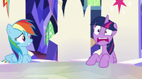 "Twilight ""they're gonna smash everything!"" S5E11"