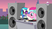 Pinkie Pie and DJ Pon-3 S02E26