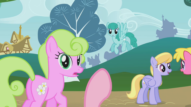 File:Pinkie Pie counting off ponies S1E07.png