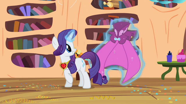 File:Rarity speaking this S2E10.png