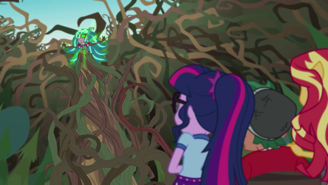 File:Twilight, Sunset, and Timber looking up at Gloriosa EG4.png