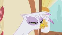"Gilda ""I've got my eye on you"" S1E05"
