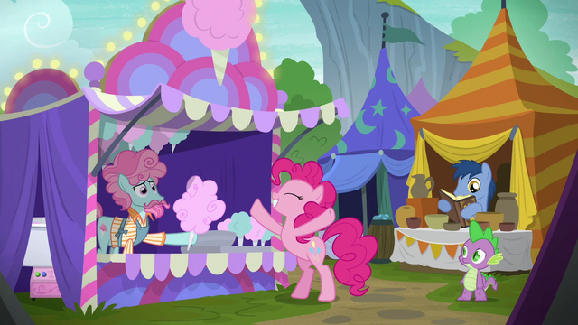 File:Pinkie Pie requesting bigger cotton candy S6E7.png