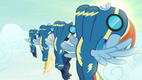 The Wonderbolts' synchronized flying S6E7