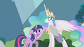 Celestia watches parasprite parade in bewilderment S1E10.png