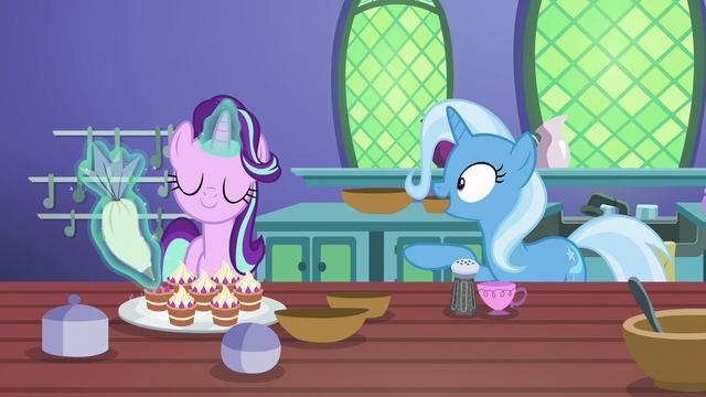 """File:Trixie """"Starlight, I did it!"""" S7E2.png"""