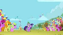 Iron Pony Competition crowd S1E13