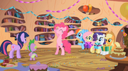 "Pinkie Pie ""Happy Birthday!"" S02E10.png"