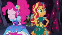 Pinkie Pie slides up to Sunset Shimmer EG4b