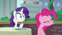 Pinkie Pie spits out her crayon S6E3