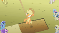 Applejack in the air S01E13.png