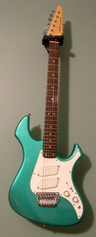 File:Fender Japan Performer-1-.jpg