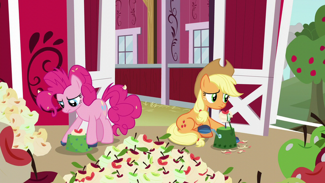 File:Applejack and Pinkie peel and core apples S5E24.png