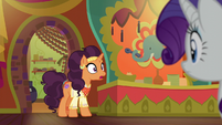Saffron Masala noticing Pinkie and Rarity S6E12