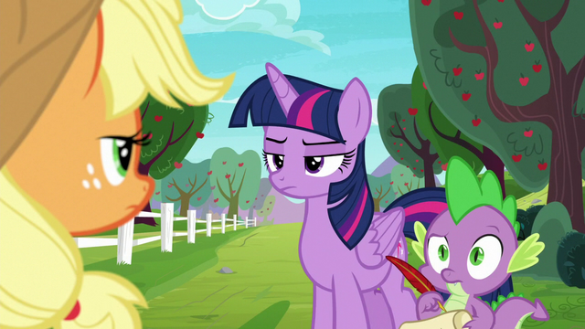 File:Twilight and Spike don't believe Applejack's story S6E22.png