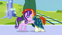 Starlight and Sunburst hugs S6E2