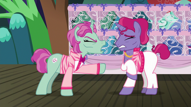 "File:Trainer 1 ""you are driving me crazy!"" S6E20.png"
