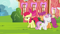 Sweetie Belle walking away S4E15.png