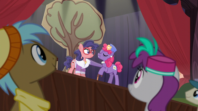 "File:Mrs. Pearblossom ""don't worry about that"" S5E16.png"