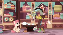 """Raspberry Vinaigrette """"that's all teapots are supposed to do"""" S7E12"""
