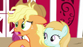 "Applejack ""Granny Smith, hang on!"" S7E14.png"