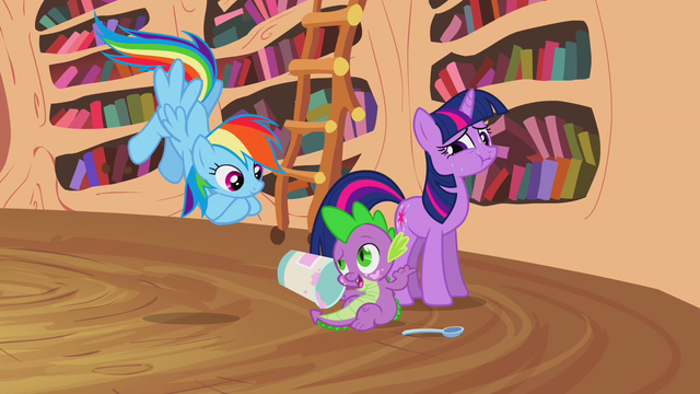 File:Spike talking with Rainbow S2E20.png