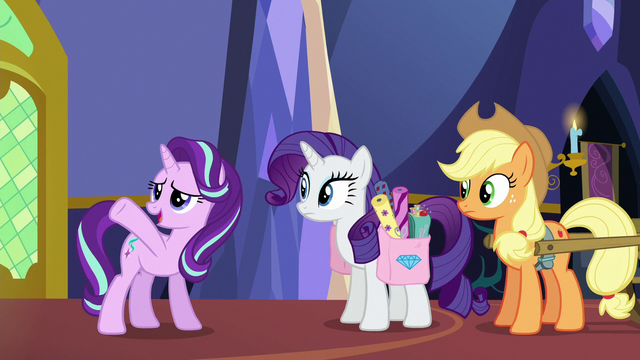 File:Starlight directs Rarity and AJ to library S6E21.png
