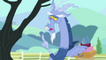 Discord 'I came to find the one pony' S4E11.png