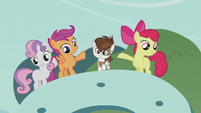The CMC points at Pipsqueak S5E18