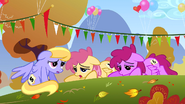 Tired ponies S1E13