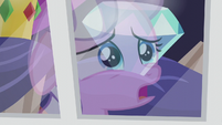 Diamond starts singing The Pony I Want to Be S5E18