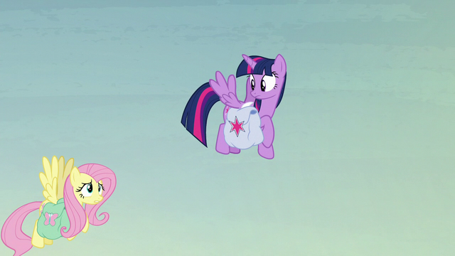 File:Fluttershy struggles to fly with her heavy bags S5E23.png