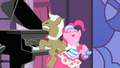 Pinkie Pie Pony Pokey S01E26.png