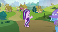 Starlight Glimmer waving goodbye to her friends S6E25.png