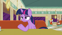 "Twilight ""cross-referenced by size"" S6E9"