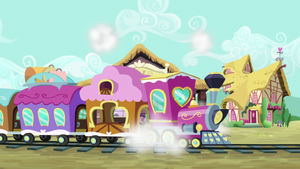 Friendship Express pulls into the station S6E22.png