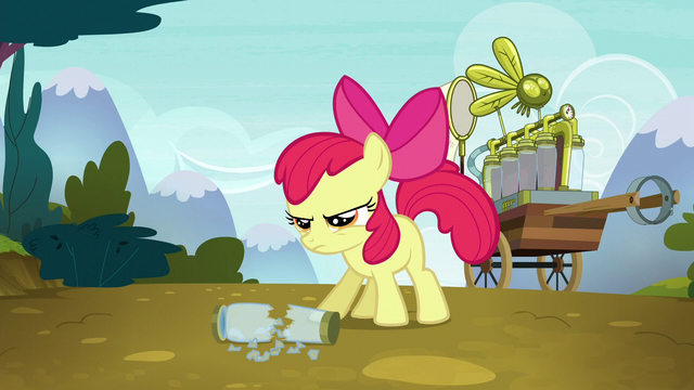 File:Apple Bloom determined to save Ponyville S5E4.png