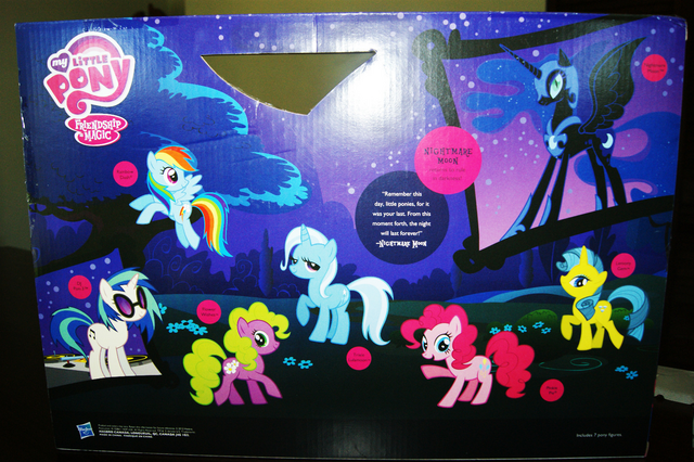 File:Friendship is Magic Favorite Collection back of packaging.png