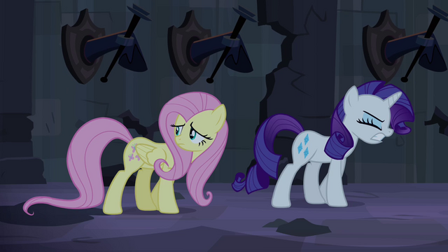 File:Fluttershy scared and Rarity frustrated S4E03.png