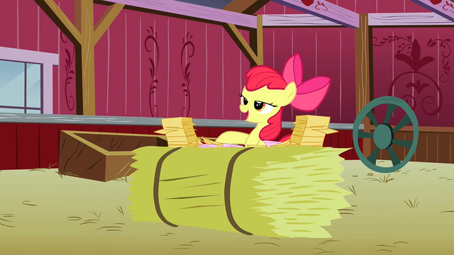 File:Apple Bloom looking at all the RVSP S3E8.png